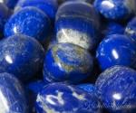 Lapis lazuli ehk lasuriit lihvitud
