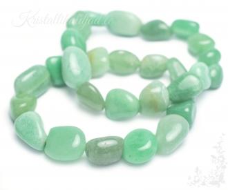 Aventuriin roheline käevõru lihvitud kividega
