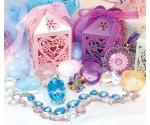 Kinkekarp südamega, erinevad värvid
