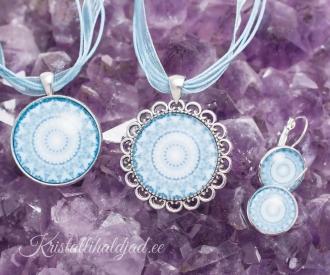 Sinine kaltsiit kristallimandala ehted