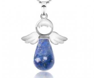 Erinevad kristallid, ripats ingel tiibadega