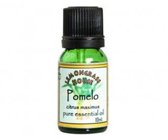 Pomelo eeterlik õli