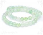 Fluoriit roheline käevõru ümarate kividega