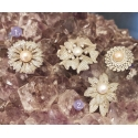 Pärlid, tsirkoonid pross-ripats Sri Lankalt